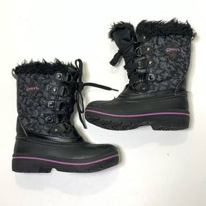 Girls size 13 K Quest Warm Thjnsulate Winter Boots